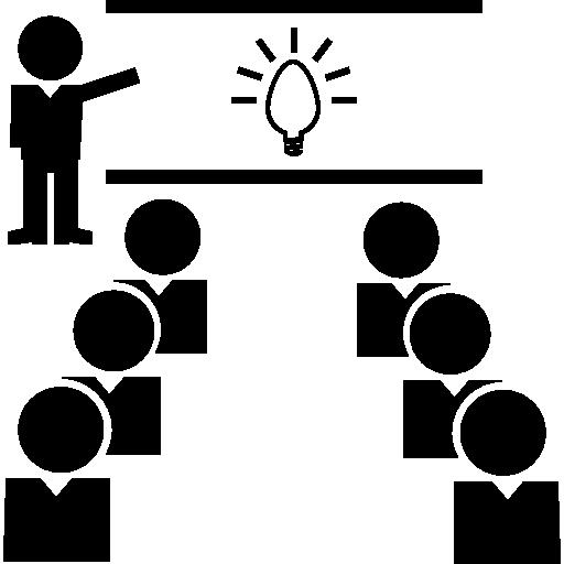 מורה מלמד מול כיתה